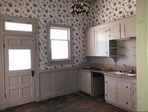 2 Kitchen 5